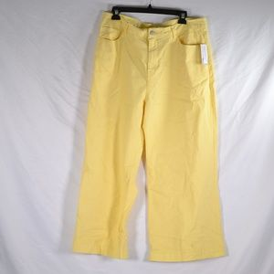 BP Yellow Wide Leg Crop Flare Jeans M58B)